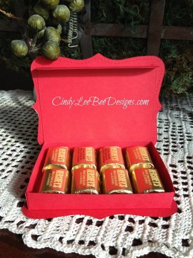SU Santa Nugget Box Lid open