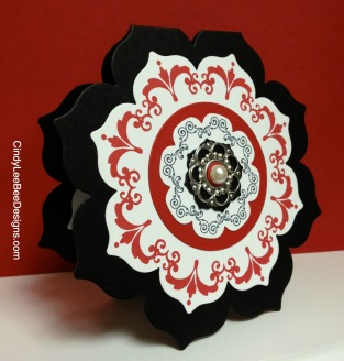 SU Daydream Medallions Edited BlackRed open sideview