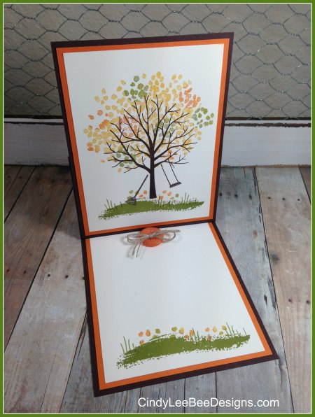 SU Sheltering Tree Fall Easel Bordered