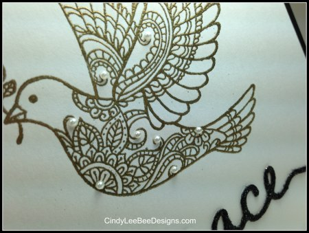 SU Dove of Peace Close up Gold