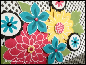 SU Flower Frenzy Close-Up Magnetic Note Pad