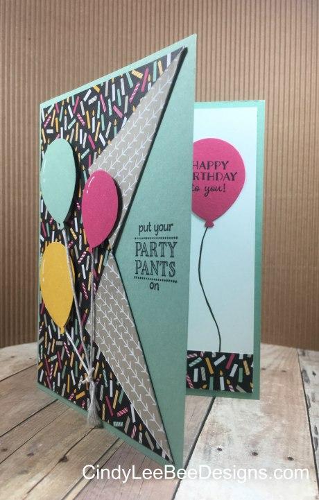 SU Balloon Celebration Collar Card Black inside